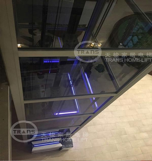 久隆凤凰城电梯安装